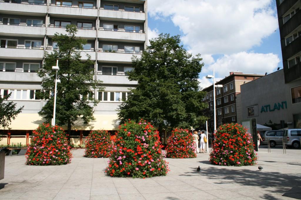 źródło Terra www.terra-pl.eu opis -Warszawa Centrum, Kaskadowe Konstrukcje Kwietnikowe, model H1200