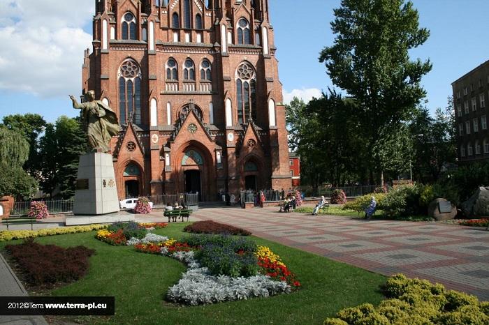 wieże kwiatowe w Warszawie
