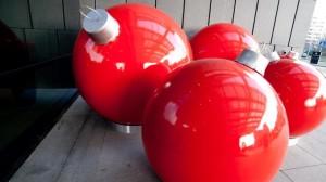 Bombki XXL i nakładki - czyli jak nie dać się świątecznej gorączce