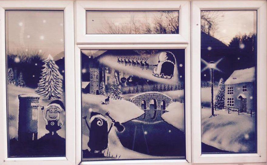 Tom Baker snow windows (1)