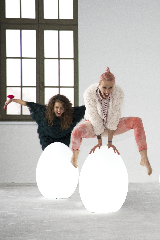 modna lampa egg nunoni (1)