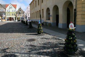 wielkanocne wiosenne dekoracje miejskie terra group