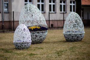 września wielkanocne wiosenne dekoracje miejskie terra group (20)