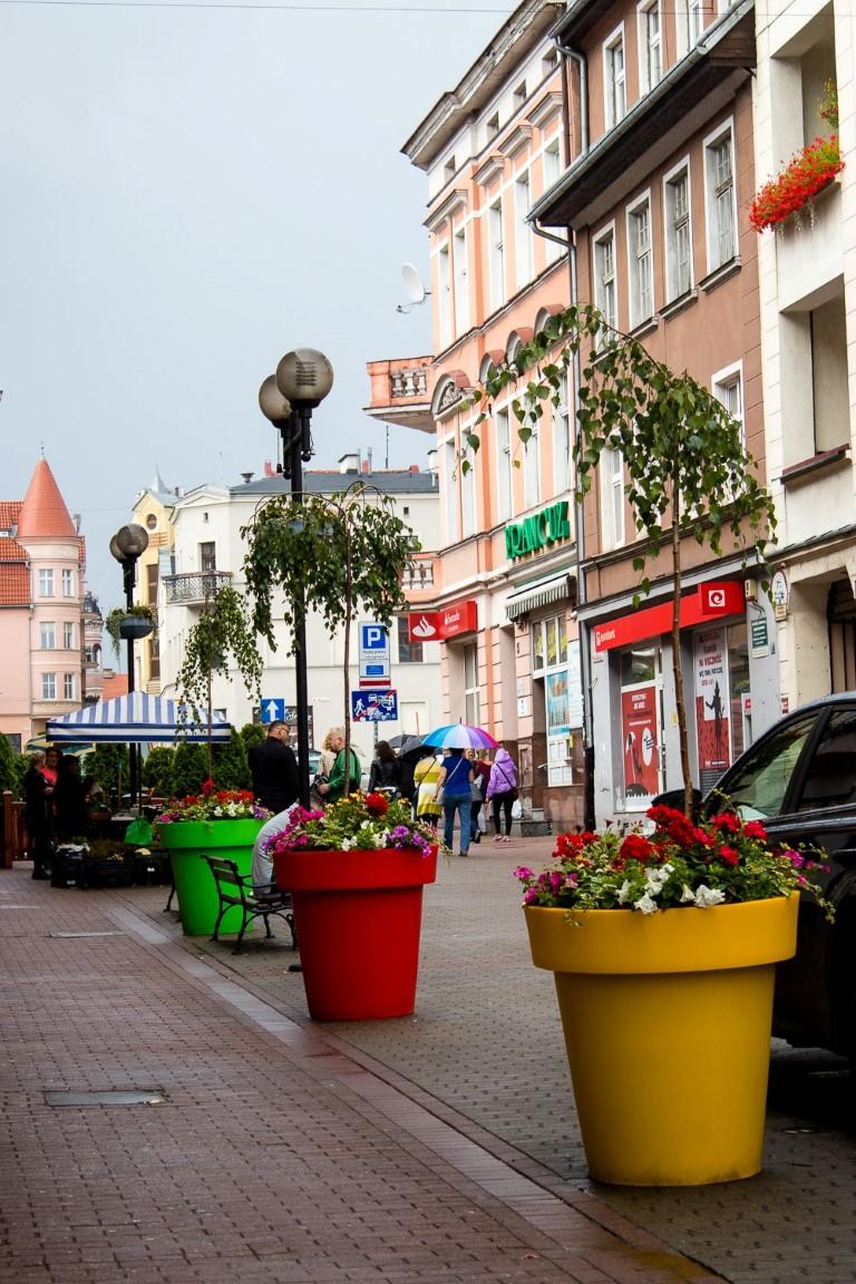 ukwiecenie grudziadza wieże kwiatowe donice miejskie 10