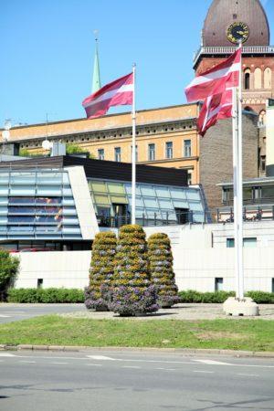 wieże kwiatowe kwietniki miejskie terra ryga 5