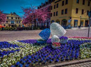 Świat jak z bajki – wiosenne trendy w aranżowaniu zieleni miejskiej