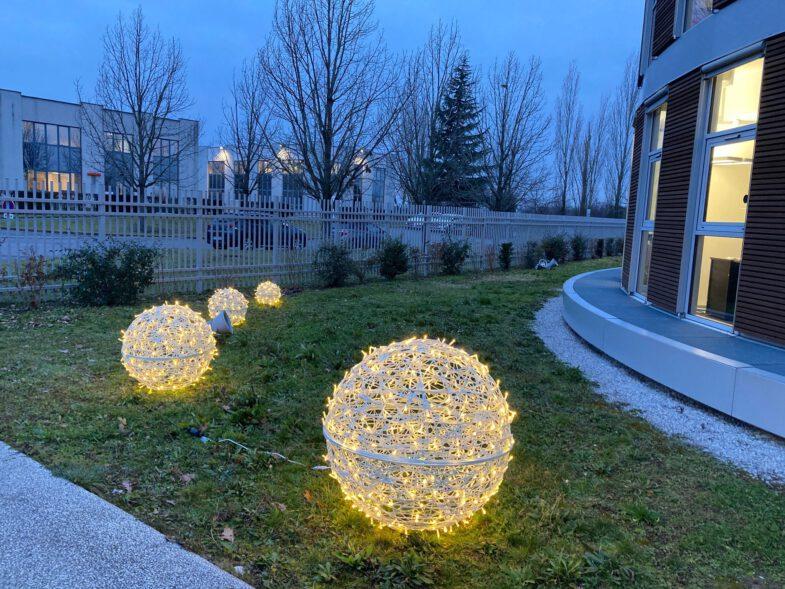 ażurowe kule ażurowe dekoracje terrachristmas