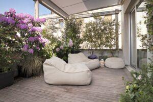 kwiaty-na-balkon-zielona-enklawa-w-bloku