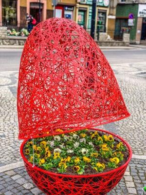 wielkanocne dekoracje miejskie w Boguszowie-Gorcach