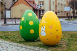 Lubuskie inspiruje – wielkanocne dekoracje XXL w Żaganiu i Iłowej